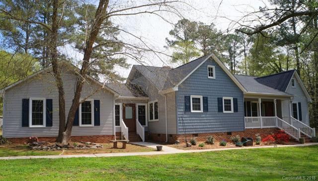 1217 West Manor Drive, Lancaster, SC 29720 (#3379226) :: Scarlett Real Estate