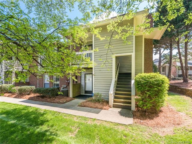 8027 Greenside Court, Charlotte, NC 28277 (#3379367) :: The Temple Team