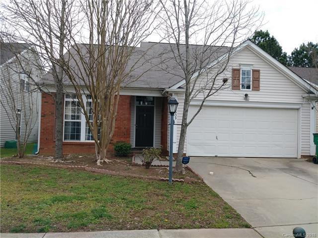 5909 Waverly Lynn Lane, Charlotte, NC 28269 (#3379484) :: High Performance Real Estate Advisors