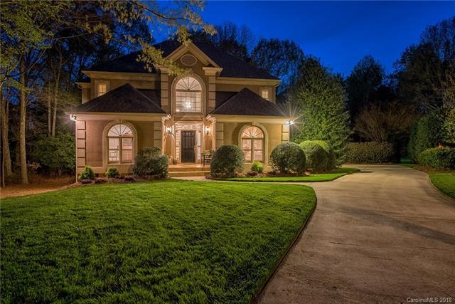6902 Premier Drive, Charlotte, NC 28277 (#3379550) :: The Ann Rudd Group