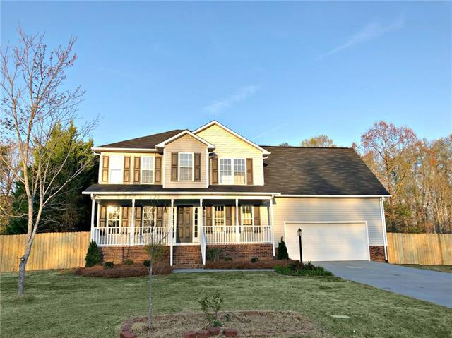3552 Navajo Drive, Maiden, NC 28650 (#3379620) :: Miller Realty Group