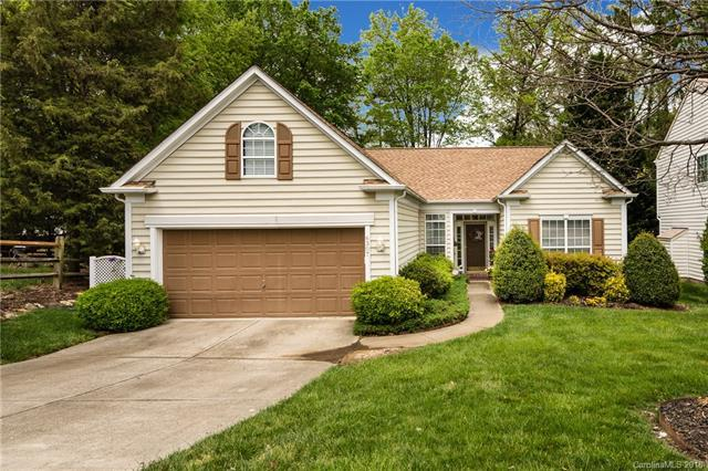 6307 Harburn Forest Drive, Charlotte, NC 28269 (#3379883) :: LePage Johnson Realty Group, LLC