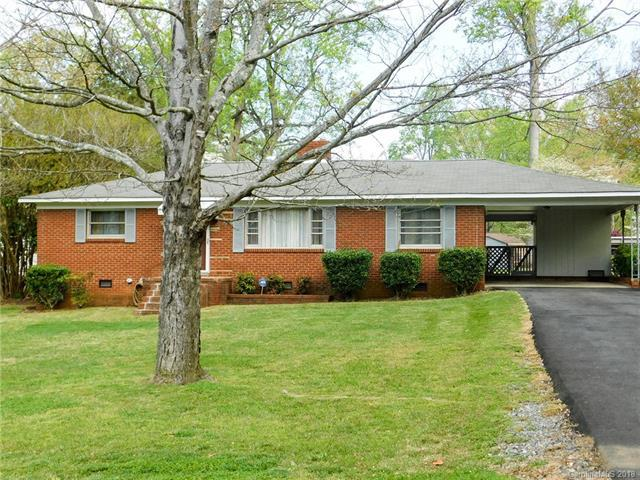 3907 Arvin Drive, Charlotte, NC 28269 (#3379888) :: The Ramsey Group