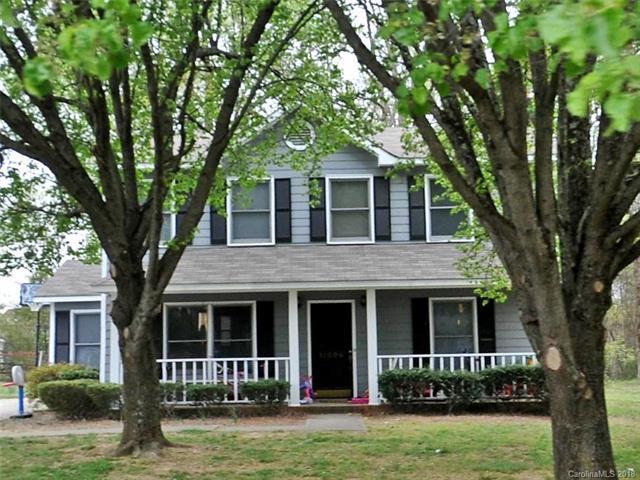 11006 Meadow Bank Lane, Charlotte, NC 28262 (#3379889) :: Exit Realty Vistas