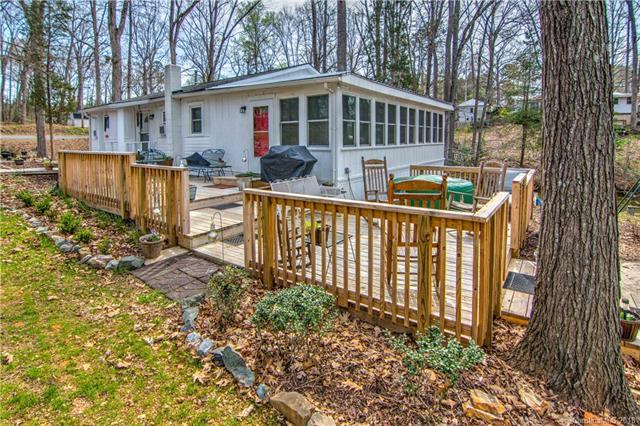 1677 Shoreline Drive 930-932, Lexington, NC 27292 (#3379939) :: LePage Johnson Realty Group, LLC
