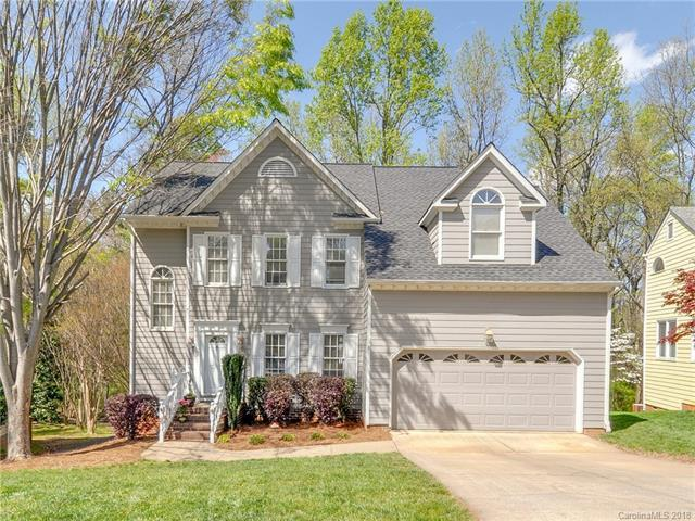 9526 Harris Glen Drive, Charlotte, NC 28269 (#3379946) :: RE/MAX Metrolina