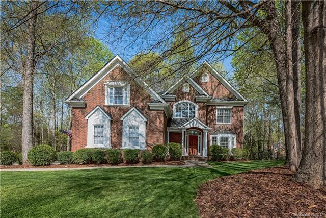 3301 Fawn Hill Road, Matthews, NC 28105 (#3380104) :: The Andy Bovender Team