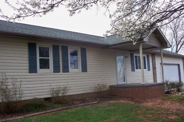 4940 Hilltop Drive, Hickory, NC 28602 (#3380213) :: The Ann Rudd Group
