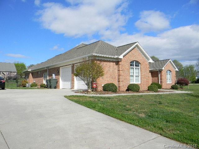 129 Stone House Drive, Statesville, NC 28625 (#3380247) :: Robert Greene Real Estate, Inc.