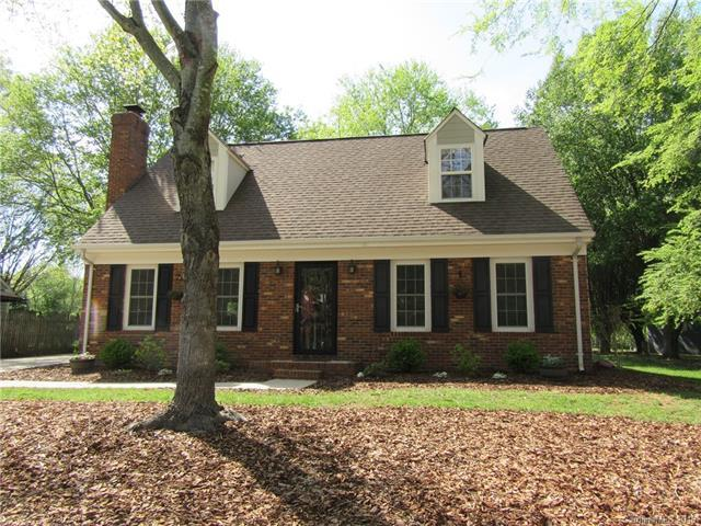 10518 Four Mile Creek Road, Charlotte, NC 28277 (#3380344) :: High Performance Real Estate Advisors