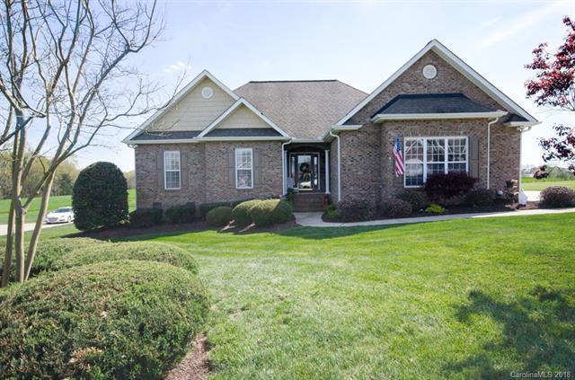 894 Clear Creek Circle, Lincolnton, NC 28092 (#3380755) :: LePage Johnson Realty Group, LLC