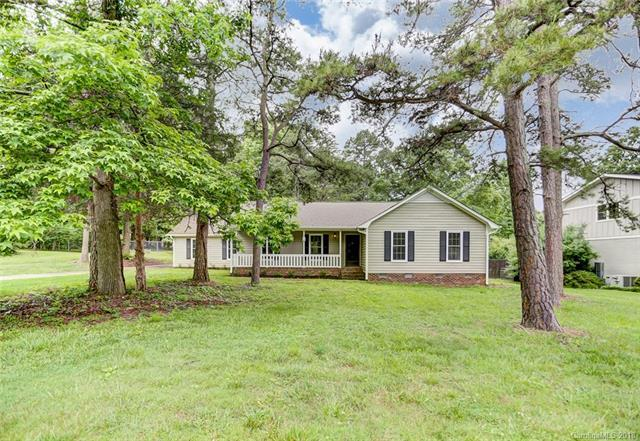 5501 Foxcrest Drive, Mint Hill, NC 28227 (#3380774) :: Odell Realty Group