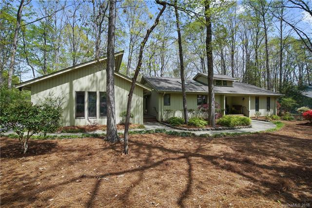 26 Tanglewood Road #26, Lake Wylie, SC 29710 (#3381014) :: LePage Johnson Realty Group, LLC