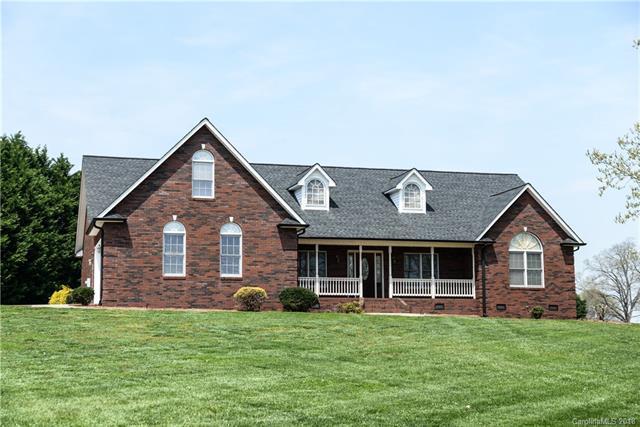 150 Westview Lane, Statesville, NC 28625 (#3381064) :: LePage Johnson Realty Group, LLC