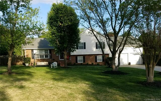 14300 Springwater Drive, Matthews, NC 28105 (#3381079) :: Miller Realty Group