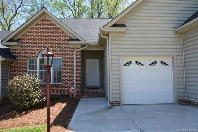 1512 Forest Park Drive, Statesville, NC 28677 (#3381301) :: The Elite Group