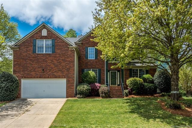 4918 Foxbriar Trail #37, Charlotte, NC 28269 (#3381428) :: Leigh Brown and Associates with RE/MAX Executive Realty