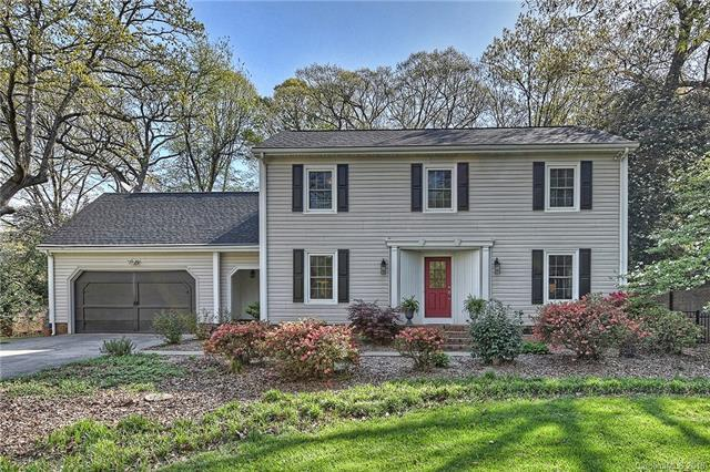 329 Bubbling Well Road, Matthews, NC 28105 (#3381476) :: Keller Williams South Park
