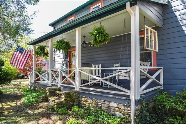 219 E College Street, Black Mountain, NC 28711 (#3381552) :: Rowena Patton's All-Star Powerhouse powered by eXp Realty LLC