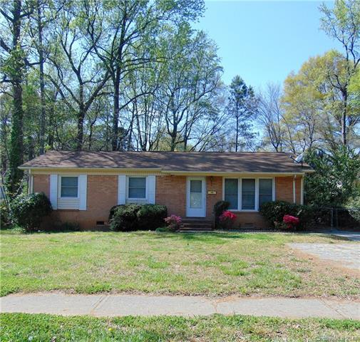 1107 Echo Glen Road, Charlotte, NC 28213 (#3381657) :: LePage Johnson Realty Group, LLC