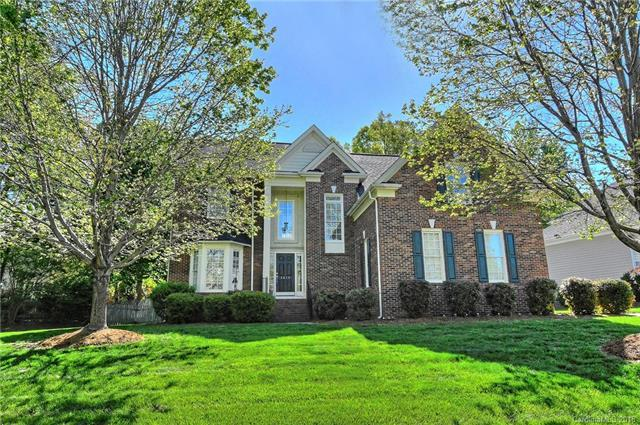 3415 Twelve Oaks Place, Charlotte, NC 28270 (#3381718) :: Phoenix Realty of the Carolinas, LLC