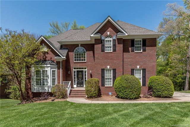 5634 Anglesey Court, Matthews, NC 28104 (#3381875) :: Keller Williams South Park
