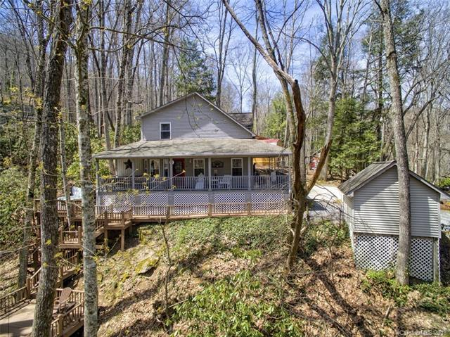 357 Reuben Branch Road, Maggie Valley, NC 28751 (#3381913) :: The Andy Bovender Team