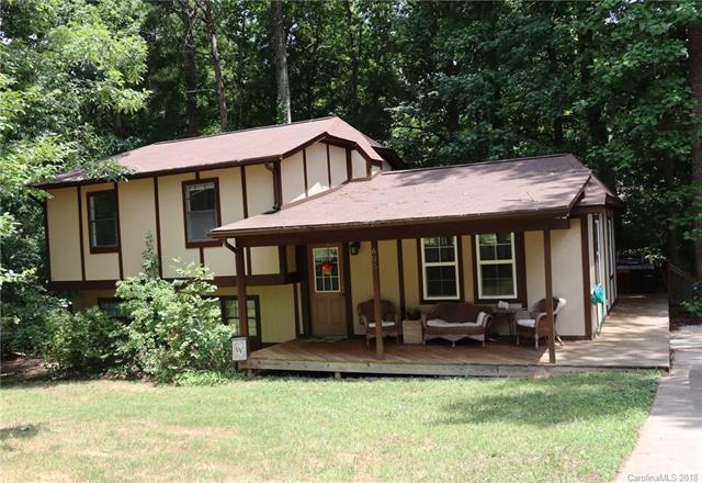 605 Woodland Drive, Rockwell, NC 28138 (#3382024) :: Zanthia Hastings Team