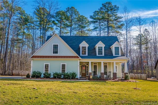481 Evergreen Road, Lake Wylie, SC 29710 (#3382030) :: Burton Real Estate Group