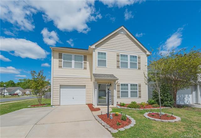 15534 Lakepoint Forest Drive, Charlotte, NC 28278 (#3382064) :: High Performance Real Estate Advisors