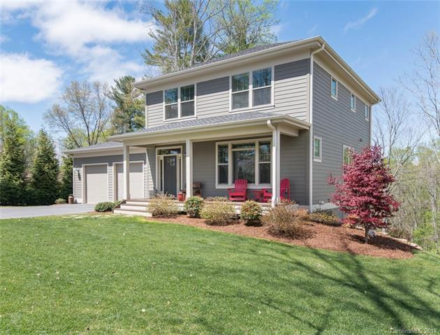 851 Thornton Place, Hendersonville, NC 28791 (#3382137) :: RE/MAX RESULTS