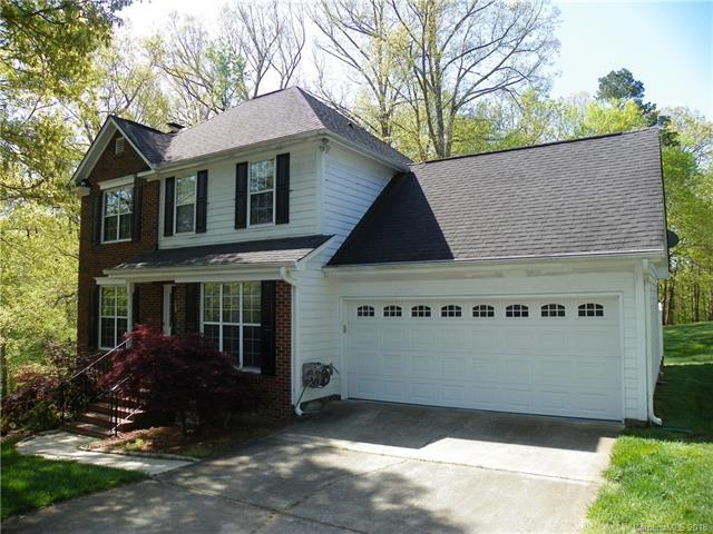 4327 Appaloosa Lane, Harrisburg, NC 28075 (#3382155) :: Zanthia Hastings Team