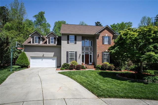 2525 Macie Glen Court L12, Matthews, NC 28105 (#3382539) :: Leigh Brown and Associates with RE/MAX Executive Realty