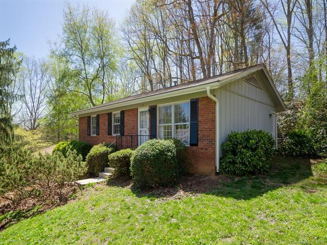 16 Laurel Park Drive, Arden, NC 28704 (#3382629) :: Exit Mountain Realty