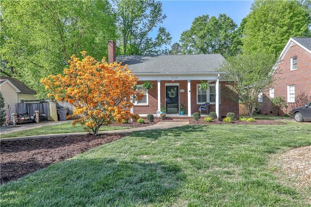 3128 Westmoreland Avenue, Charlotte, NC 28205 (#3382638) :: LePage Johnson Realty Group, LLC