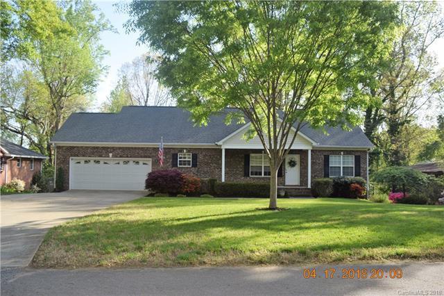 930 Paramount Circle, Gastonia, NC 28052 (#3382688) :: LePage Johnson Realty Group, LLC