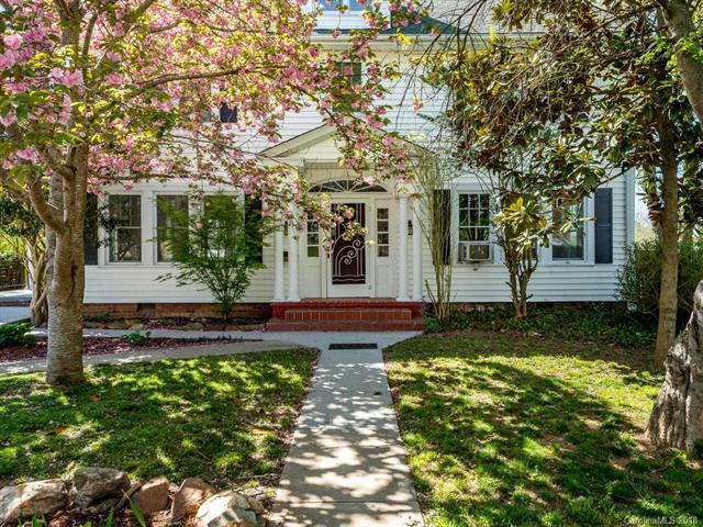 23 Vance Crescent Street, Asheville, NC 28806 (#3382723) :: Exit Realty Vistas