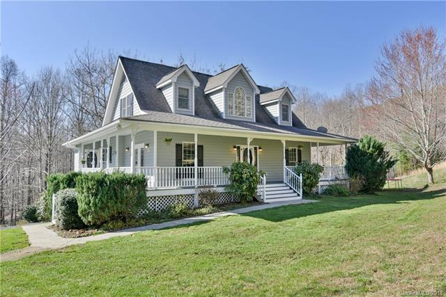 3040 Timber Trail, Hendersonville, NC 28792 (#3382811) :: Robert Greene Real Estate, Inc.