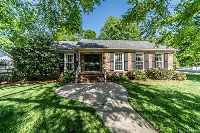 1233 Braeburn Road, Charlotte, NC 28211 (#3382907) :: Odell Realty Group