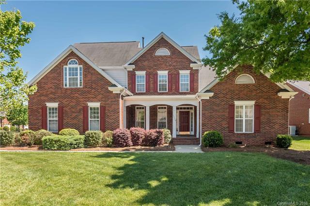 3546 Savannah Hills Drive, Matthews, NC 28105 (#3382994) :: Puma & Associates Realty Inc.