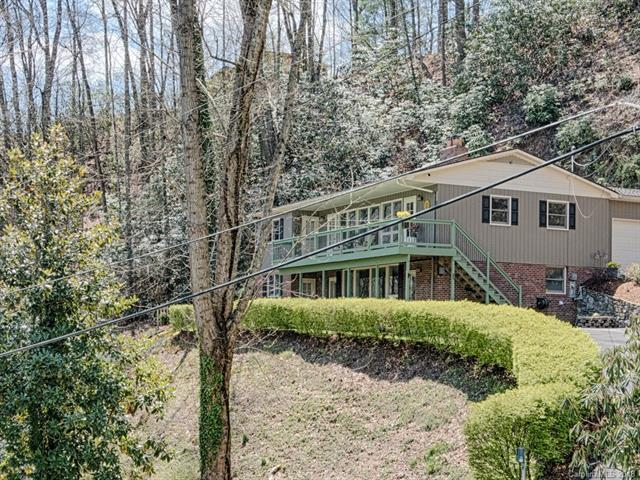 857 Country Club Drive, Maggie Valley, NC 28751 (#3383094) :: Robert Greene Real Estate, Inc.