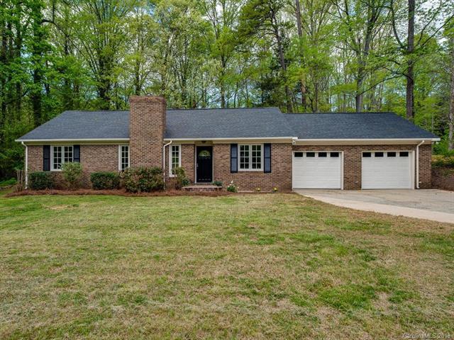 508 Carolyn Lane, Charlotte, NC 28213 (#3383161) :: Burton Real Estate Group