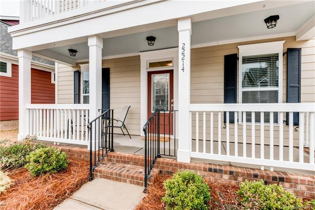 22214 Market Street, Cornelius, NC 28031 (#3383238) :: David Hoffman Group