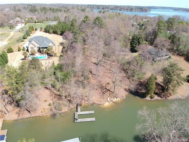 5323 Masons Ferry Road, Lake Wylie, SC 29710 (#3383352) :: Washburn Real Estate