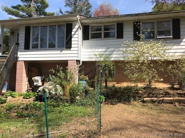 206 Kanuga Heights Lane, Hendersonville, NC 28739 (#3383478) :: Exit Mountain Realty