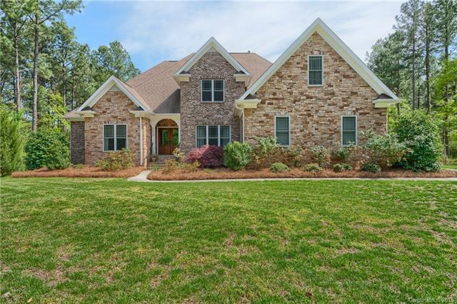 2530 Nance Cove Road, Charlotte, NC 28214 (#3383615) :: Odell Realty Group