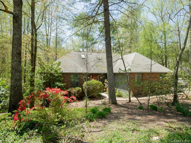 240 Sweetwater Hills Drive, Hendersonville, NC 28791 (#3383642) :: LePage Johnson Realty Group, LLC