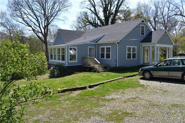 318 Stonewall Avenue, Swannanoa, NC 28778 (#3383674) :: Puffer Properties