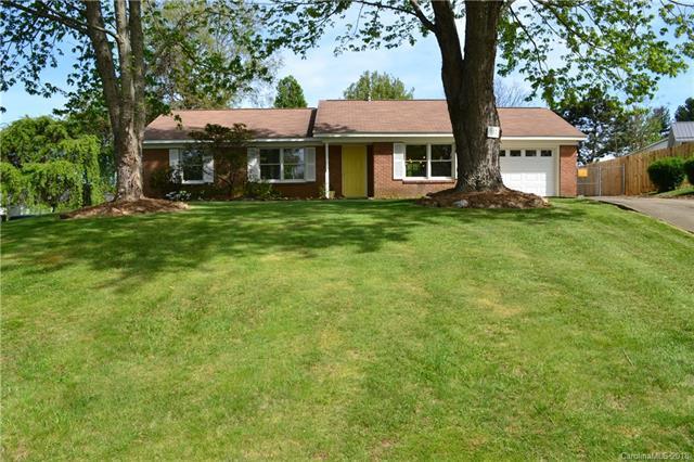217 Scottlynn Drive, Asheville, NC 28806 (#3383698) :: LePage Johnson Realty Group, LLC