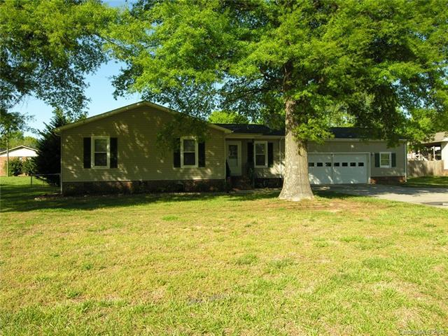 3108 Rock Hill Church Road, Concord, NC 28027 (#3383836) :: Puma & Associates Realty Inc.